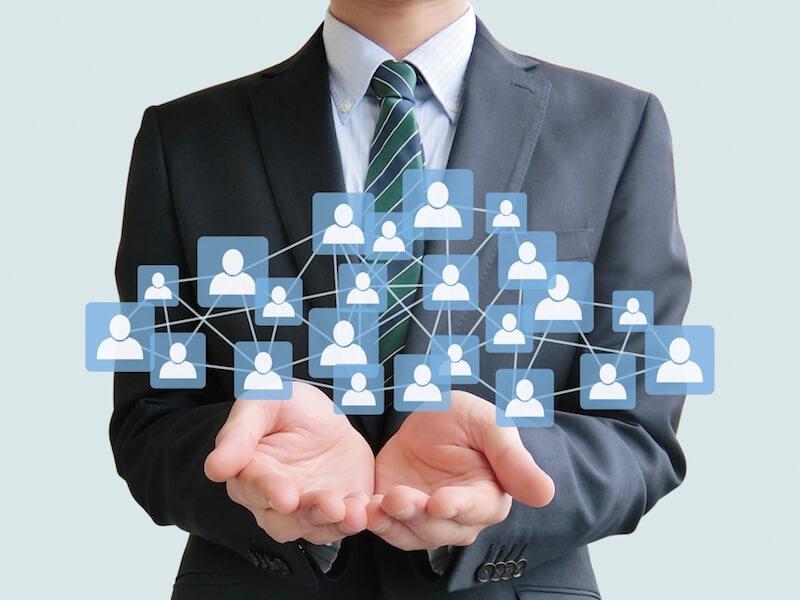 会社員の人間関係のイメージ画像